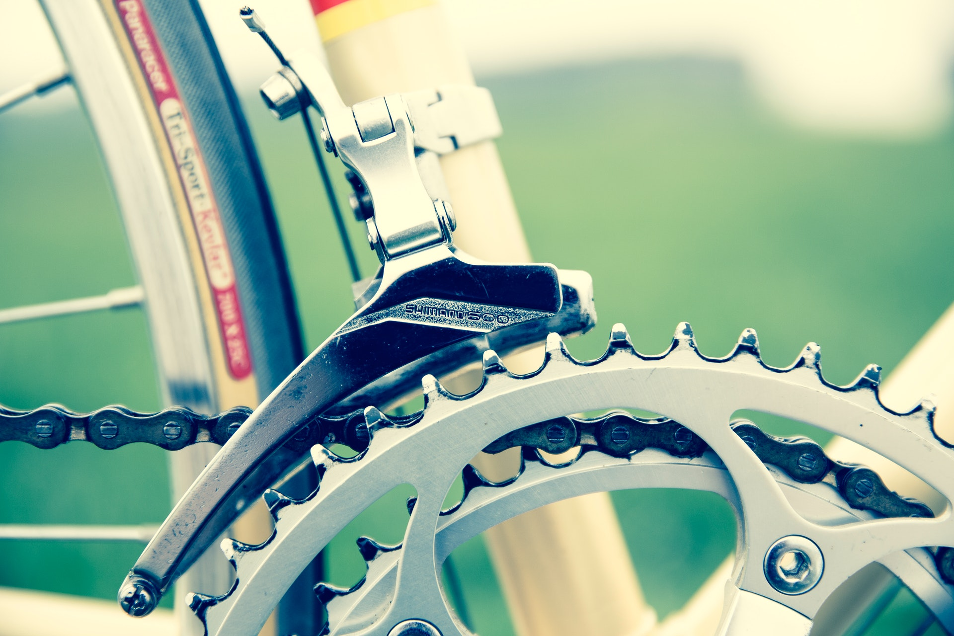 bicycle-chainrings-close-up-93777